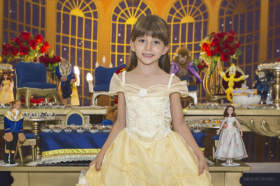 Helena 7 anos
